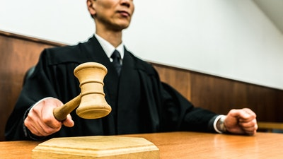 「イチケイのカラス」主人公も弁護士任官、経験者に聞く!広がる「思考の自由」と狭まる「居住の自由」