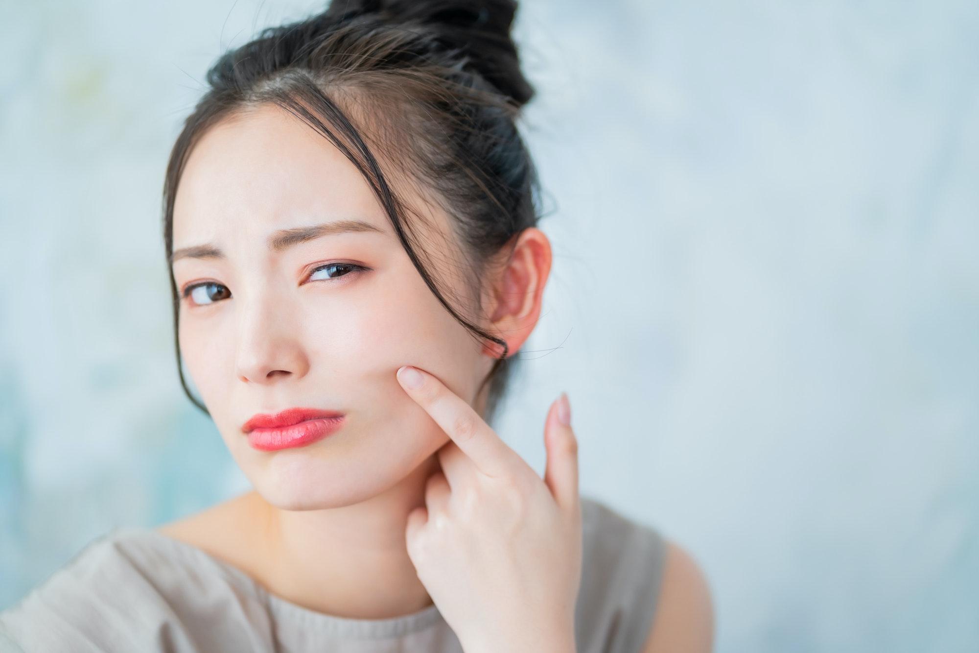 毛穴トラブルの種類とは?原因と毛穴レスの肌を目指す方法を紹介