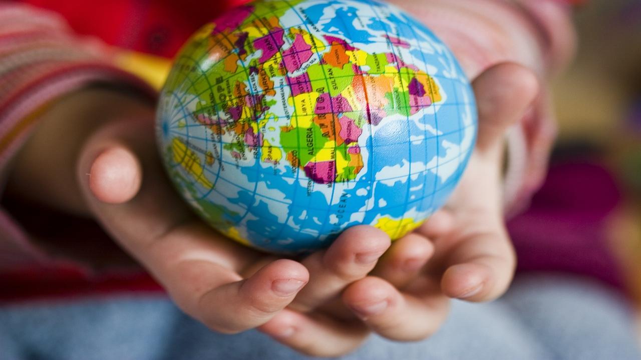 SDGsとは?教育施設での活動事例と家庭できる取り組みを紹介