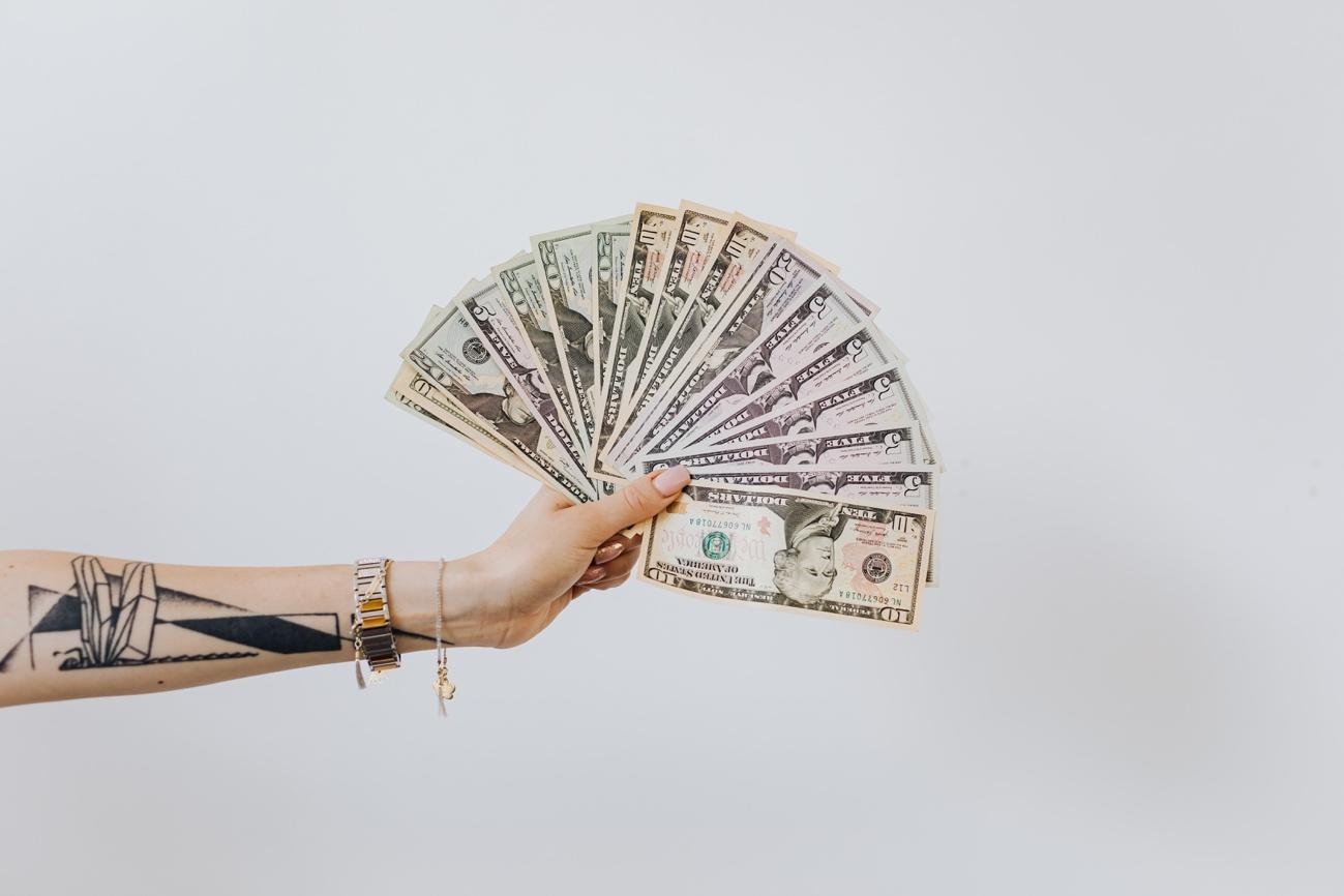 ウィークリーマンションの家賃相場・料金システム・入居までの流れ・注意したいポイントを解説!