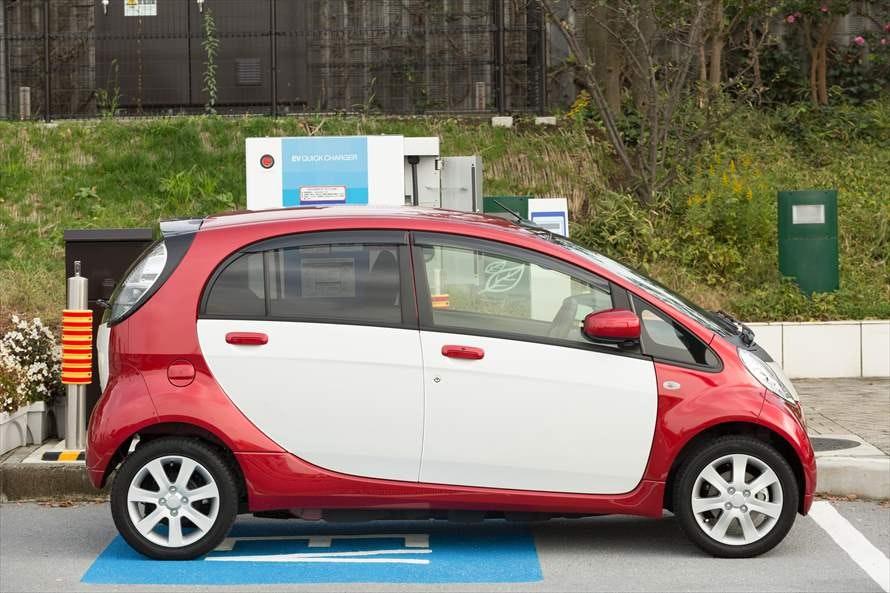 カーリースできる電気自動車にはどんな車種がある?