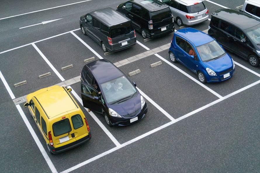 カーリースには駐車場が必要?