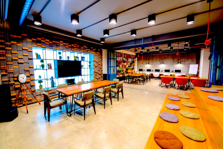 レンタルオフィス|池袋で契約できる格安料金の個室&登記可能オフィス8選