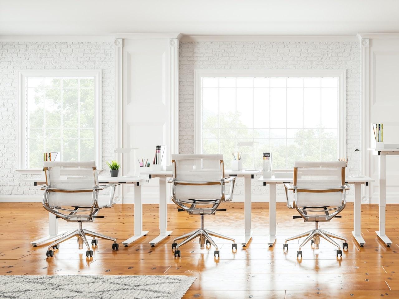 オフィス家具の配置