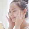 【美肌力を高める】化粧水の効果的な付け方!化粧水の種類と使い方を解説
