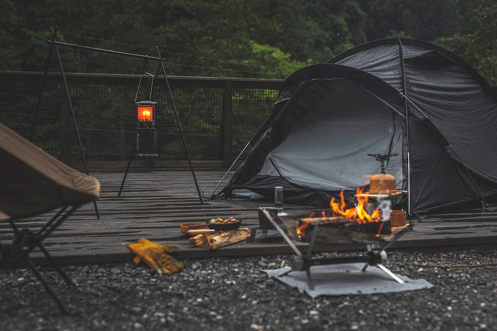 心地よいサードプレイスを求めて 気になる道具とソロキャンプへ