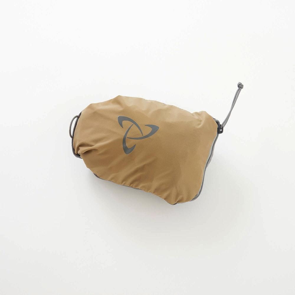 「究極のバックパック」メーカーが作り出す、オールマイティーなコンパクトバックパック