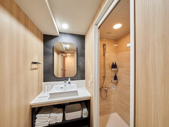 独立した洗面台&シャワールーム