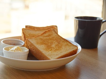 進々堂ブリオッシュの朝食