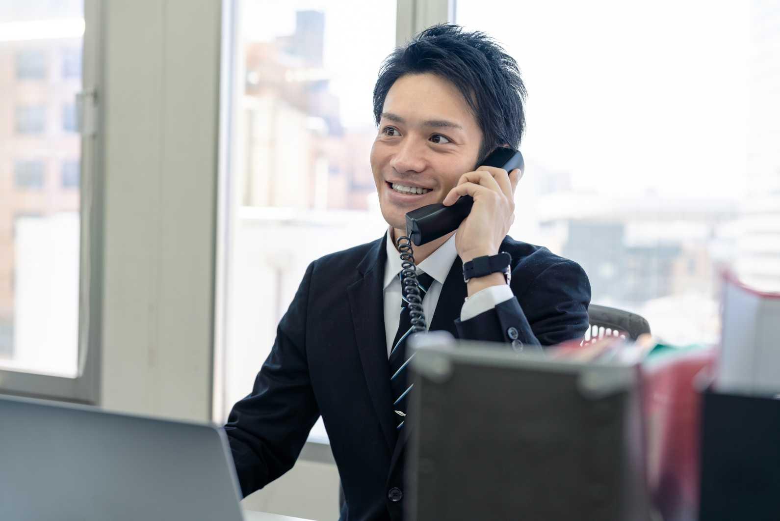 M&Aの業務とは?M&Aの成功を支援するアドバイザーの役割や業務内容を解説