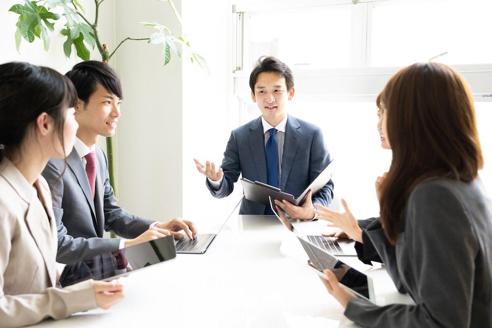 M&Aで譲渡企業の経営者と取締役はどのような処遇になるのか?要綱案の内容も併せて解説