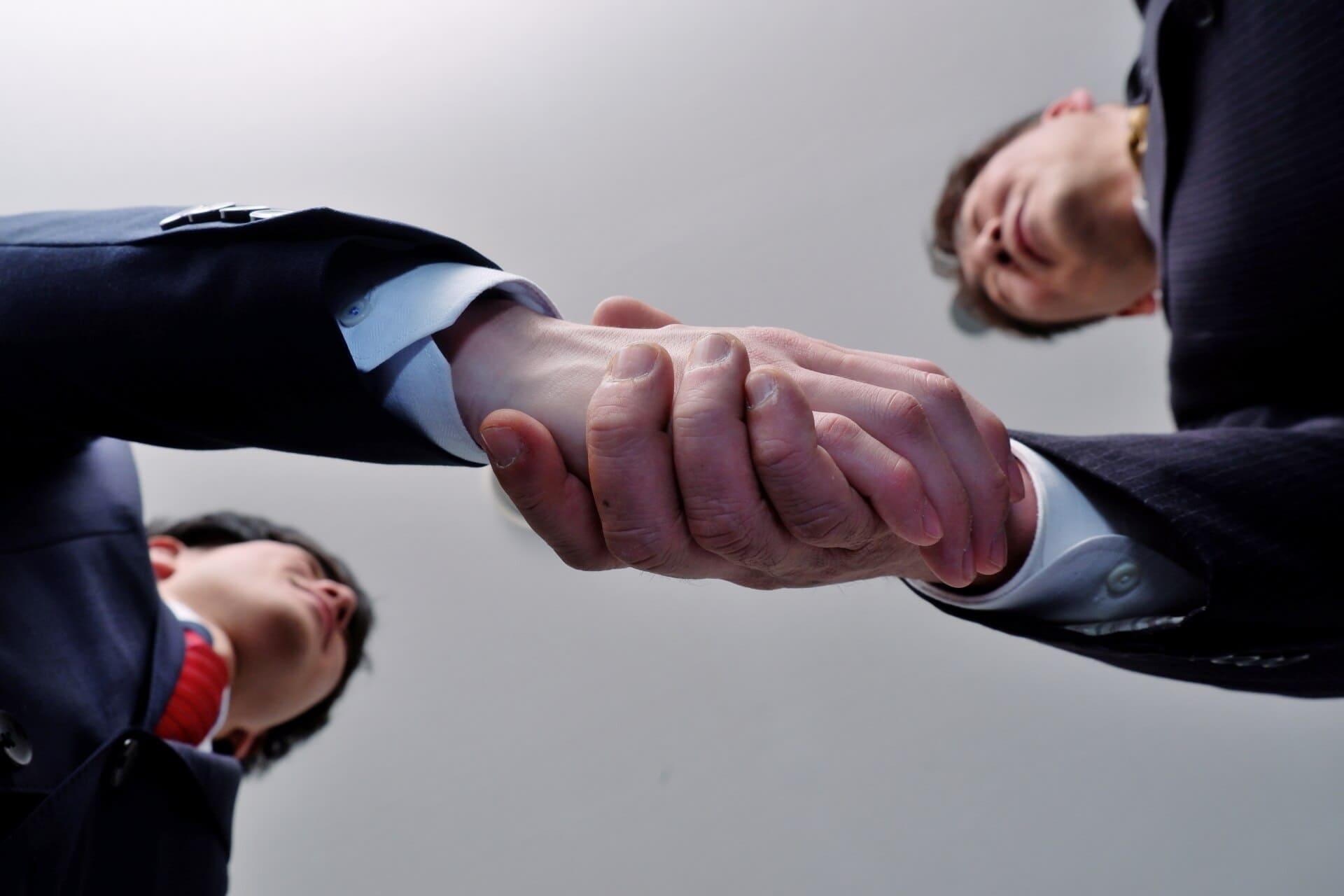 事業承継M&Aの基礎知識とメリット・デメリット、ポイントについて解説!
