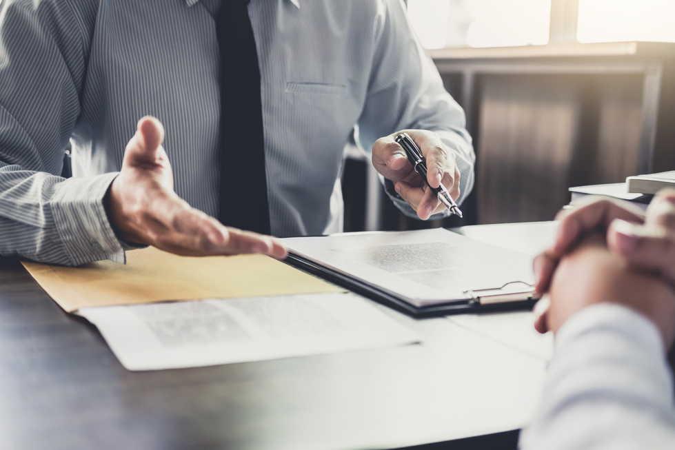M&A仲介会社とは?仲介会社選定方法や利用のメリット、業務内容をFAと比較しながら紹介