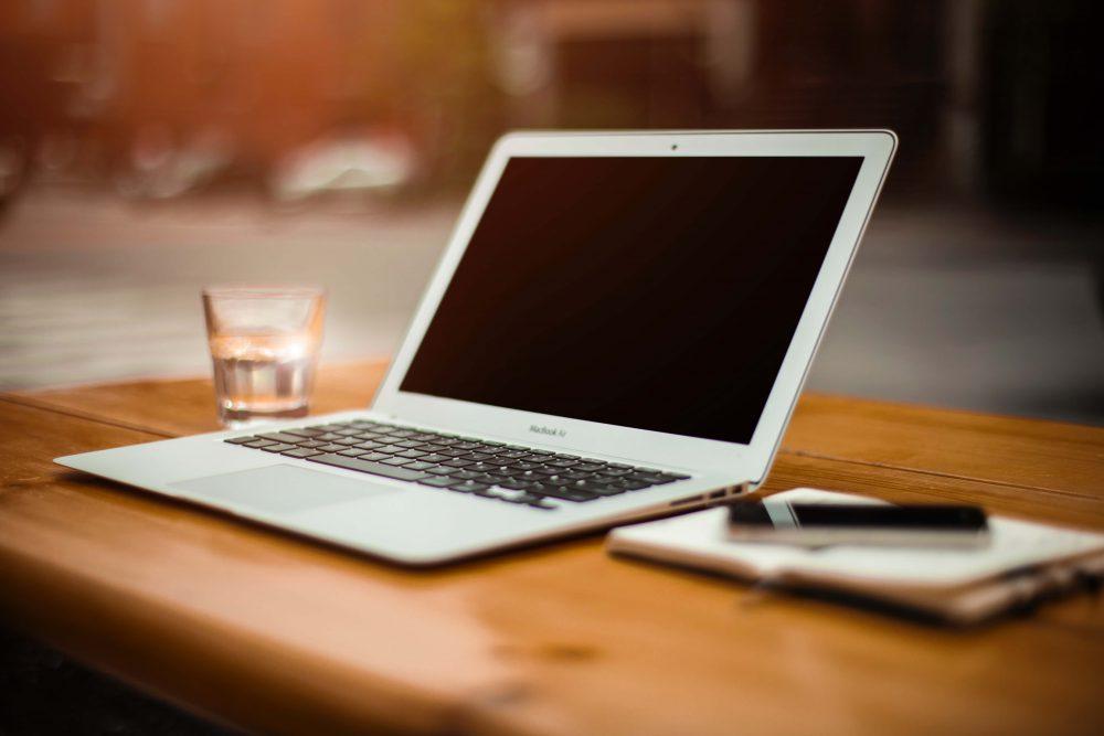 サイト売買・サイトM&Aとは?ウェブサイトを売買する手続きと注意点