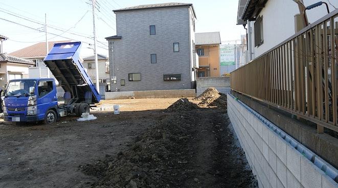 exterior_002.jpg